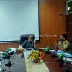 Wakil Ketua Komisi II DPRD Medan, Sudari saat memimpin rapat beberapa waktu lalu. (andika syahputra/dok)